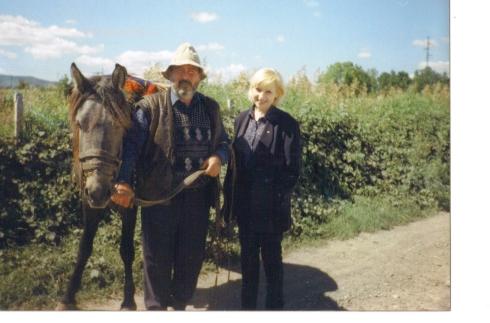 taran-georgian, in drum spre manastire