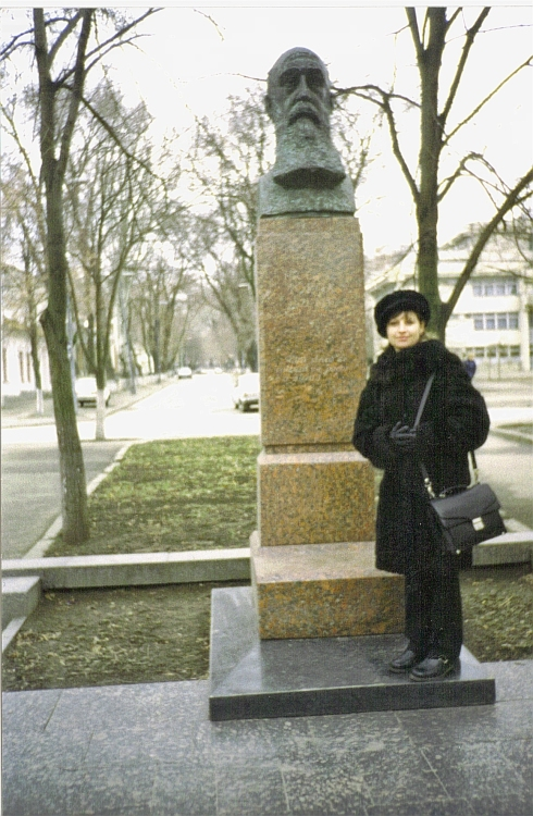 chidinau-monumentul-lui-niorga