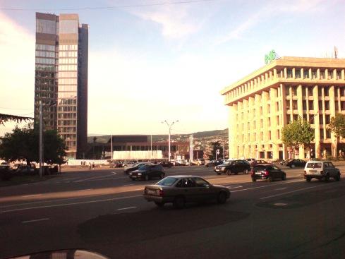 Tbilisi, un hotel ultramodern in centrul orasului