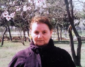 Mama sub pom înflorit, București